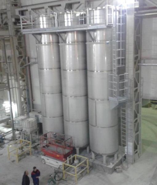 Gruppo silos in acciaio inox