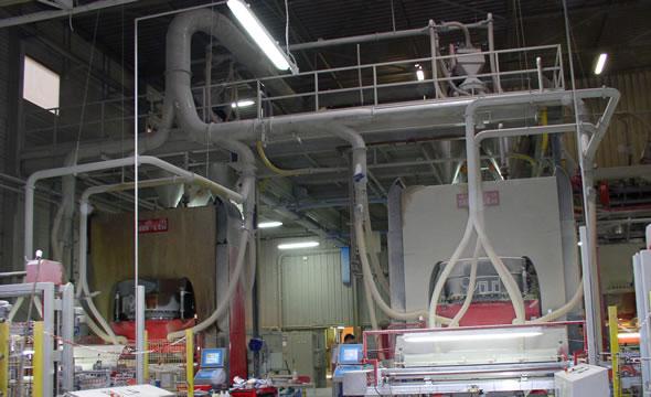 Tubazioni in lamiera nera per aspirazione polveri in reparto presse